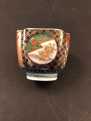 Imari Cup [DW-B 261]