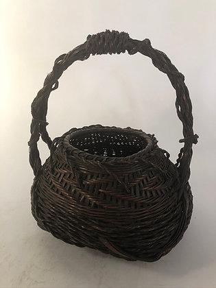 Bamboo basket [TI-B 355]