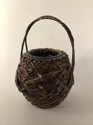 Bamboo basket [TI-B 375]
