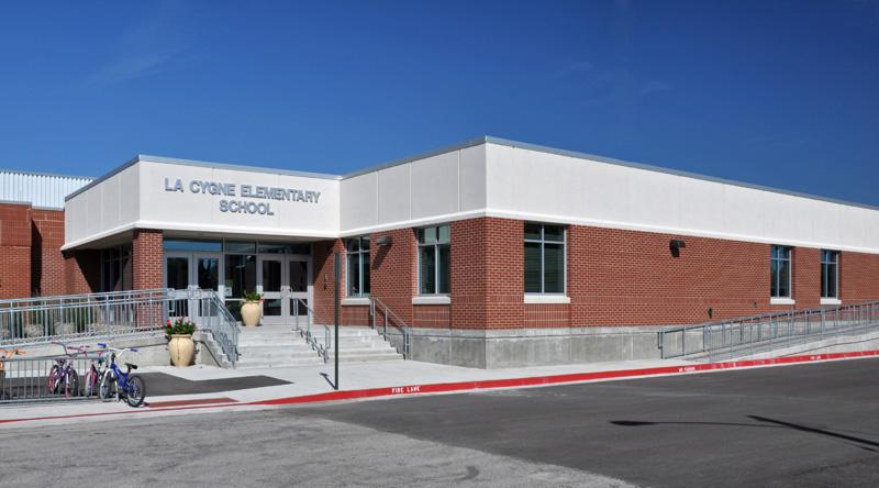 La Cygne Elementary School