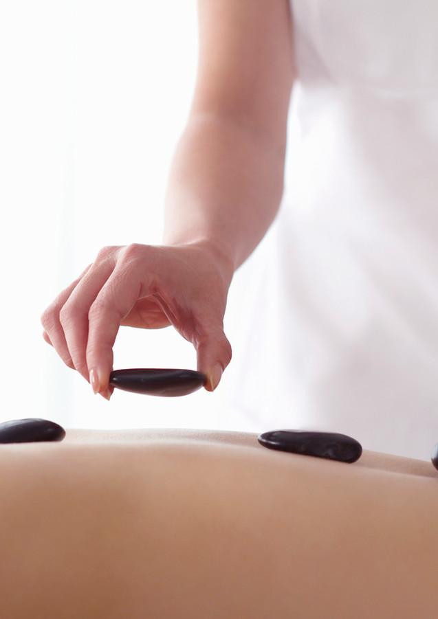 Massagem pedras