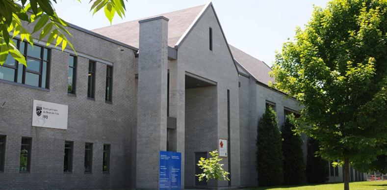 École-Du-Bout-De-L'Isle-Sainte-Anne-De-Bellevue