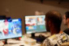 Joueur à un évènement de jeux vidéo compétitif