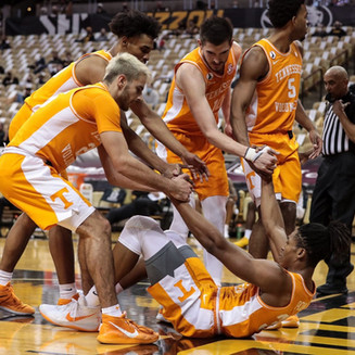 Takeaways from Tennessee's Opening Victory in Conference