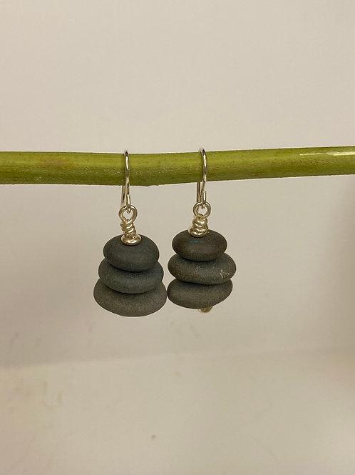 Cairn Earrings ME 09