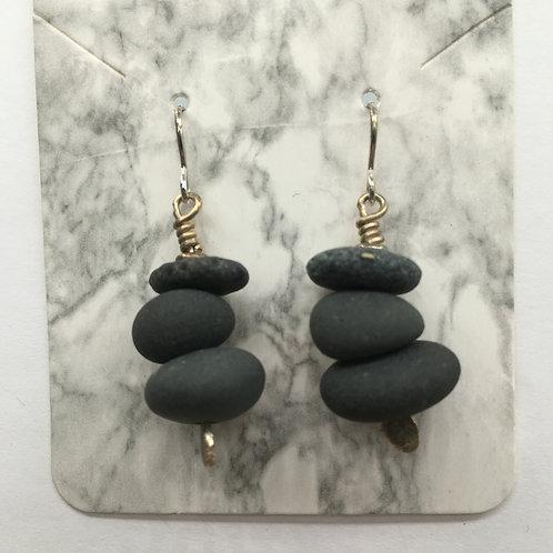 Cairn Earrings E156