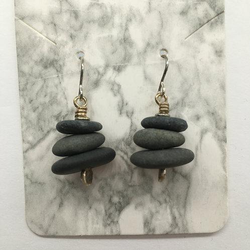 Cairn Earrings E149