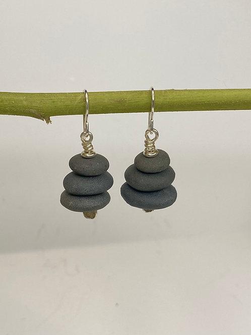 Cairn Earrings ME 04