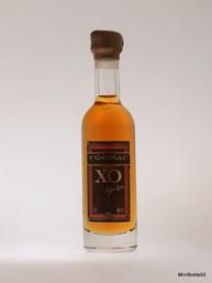 A.E.Dor XO