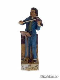 Cyrus Noble Mine - Violinist