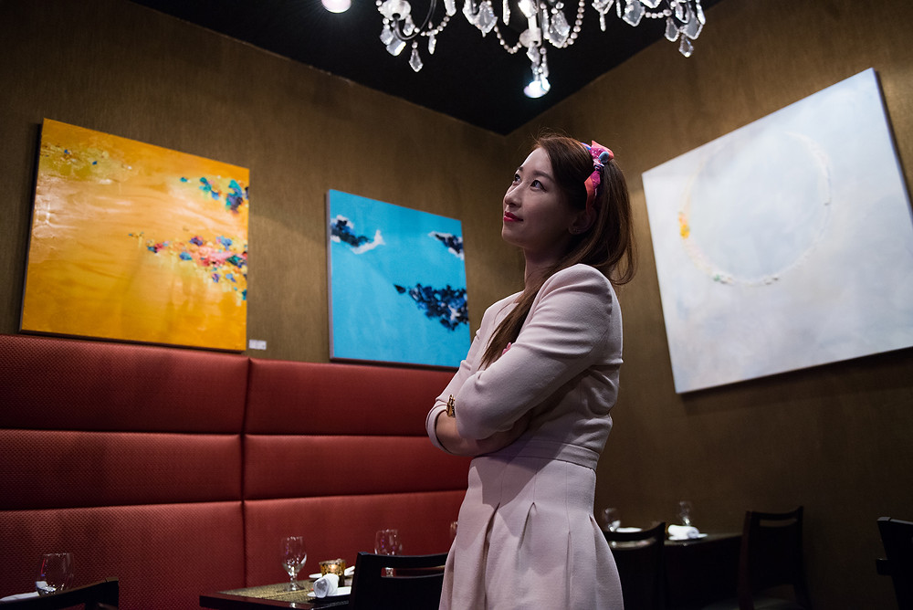 Sophia Gao and her paintings