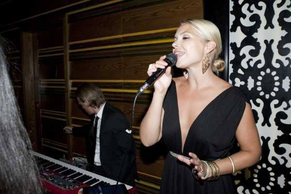 Singer events Dubai, duo, live music