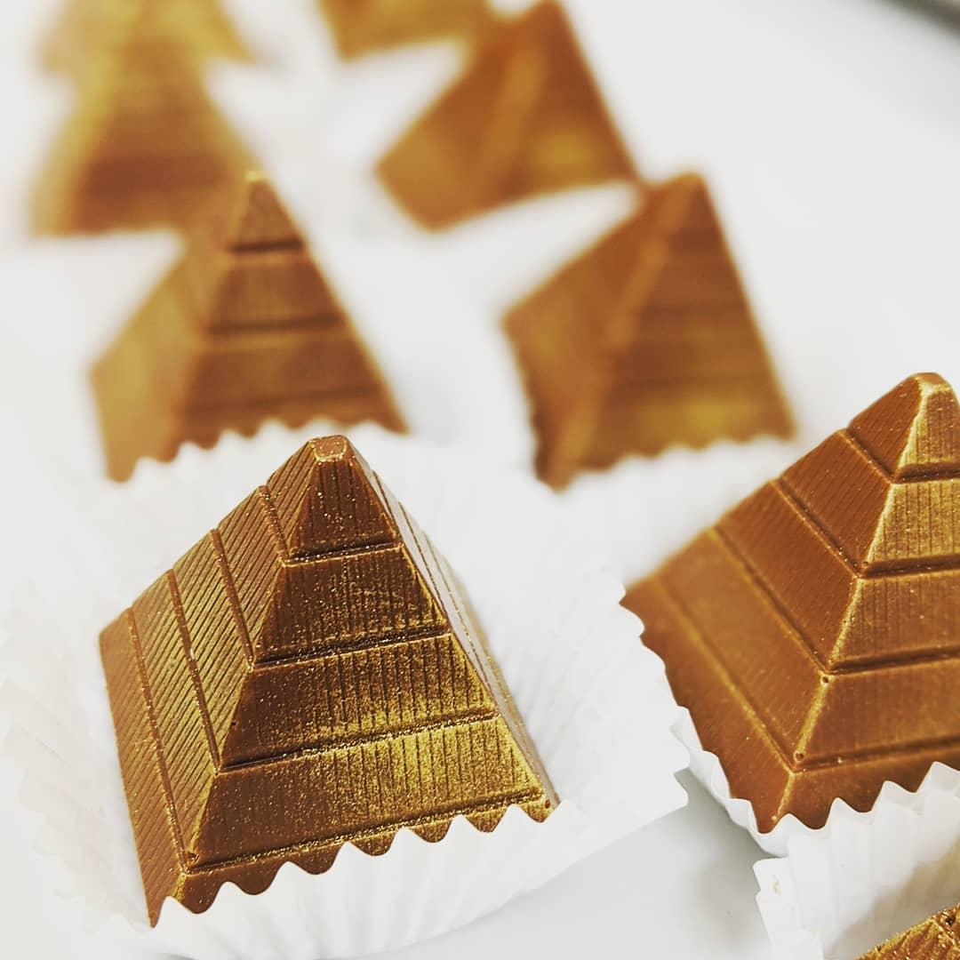 chocolate_manor_81828039_208783220158670
