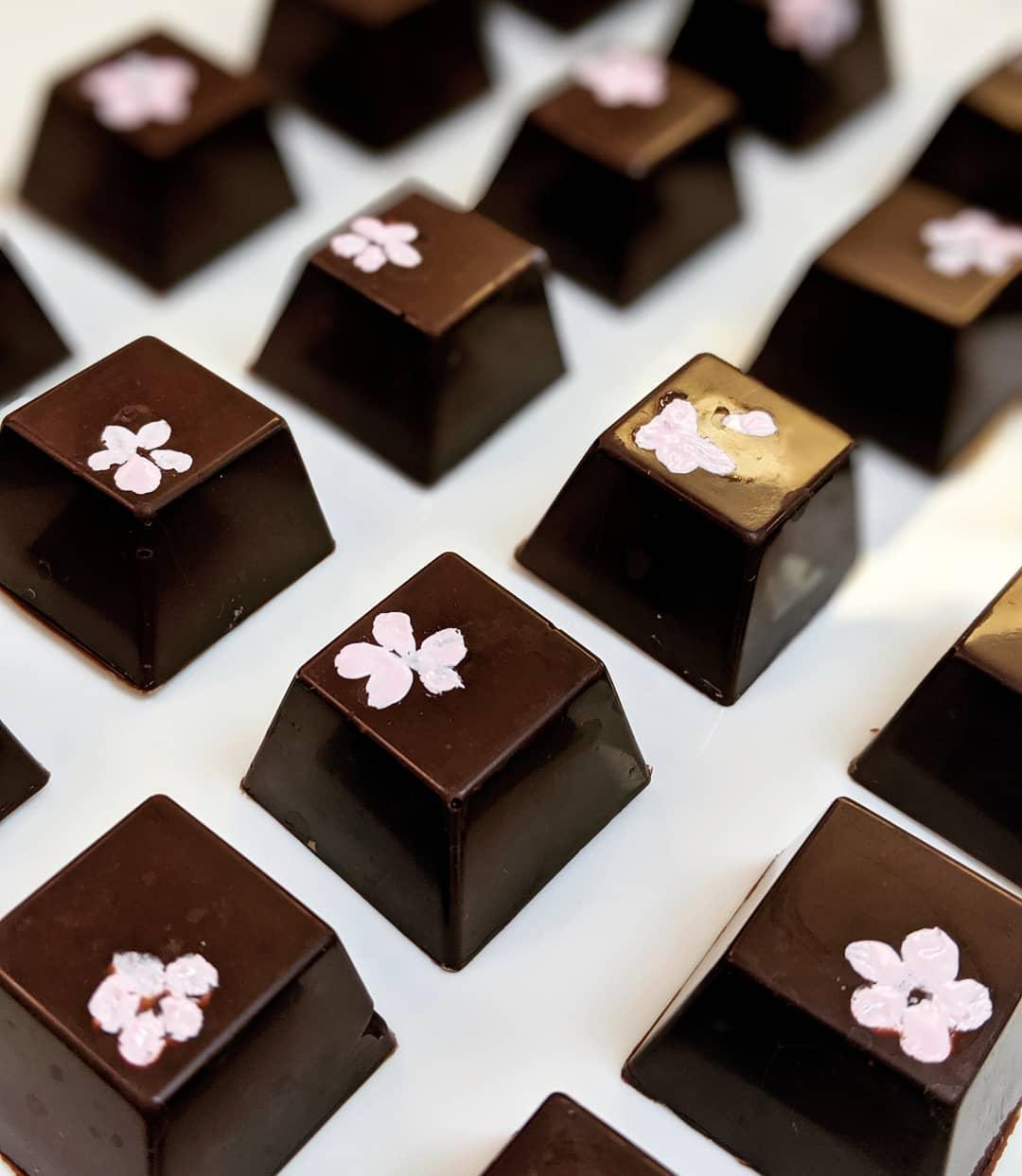 chocolate_manor_72201781_128268771904010