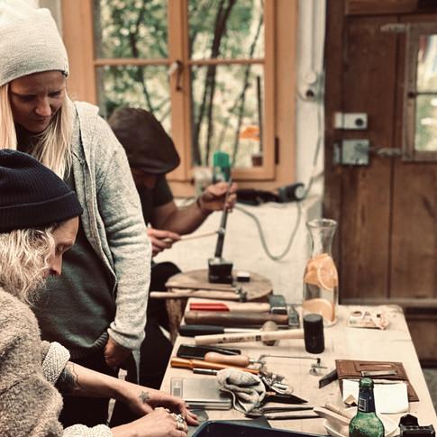 one-day jewelry workshop silversmith