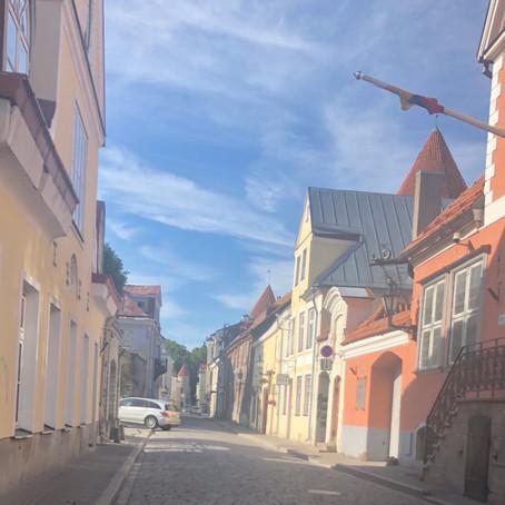 『インターン初日から、配属先がエストニアだった、はなし』My Internship in Estonia