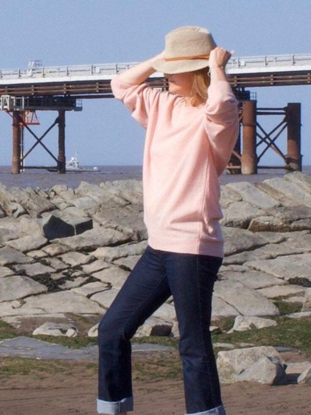 Blush cashmere jumper