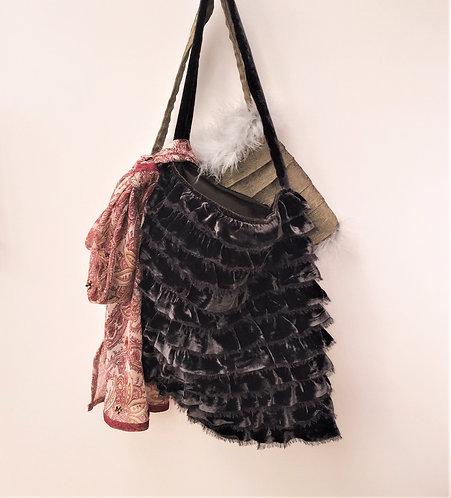 Amy Velvet Bag