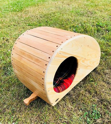 Wooden Canny Pet Camper