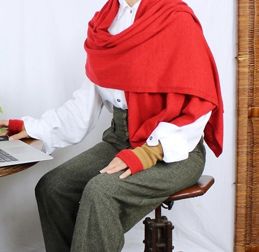 Oversized Cashmere Wrap in Scarlet