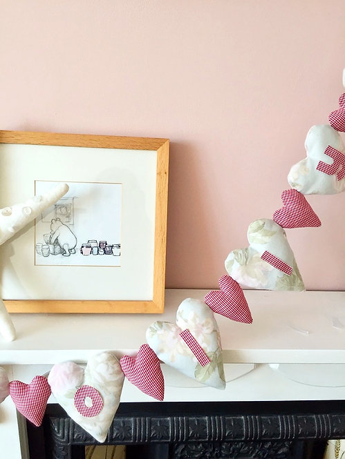 Named Heart Garland Decoration - Pink