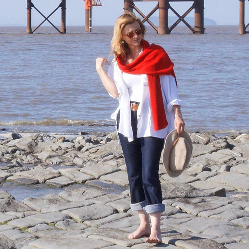 Long Cashmere Scarf in Scarlet