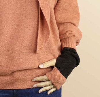 Cashmere Wrist Warmers in Carob and Sugared Almond