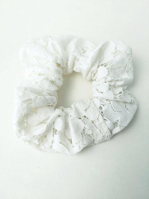 Cream Lace Scrunchie