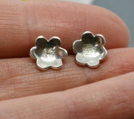 Silver Flower Head Earrings