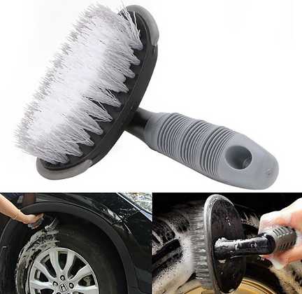 Brosse nettoyage pneu