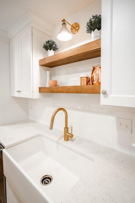 quail view sink.jpg