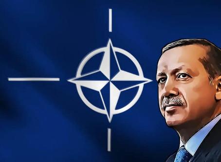 Con il sistema S-400 russo, la Turchia si rende incompatibile con la Nato
