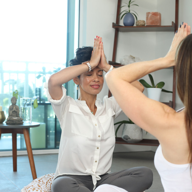 ONE ON ONE YOGA CLASS