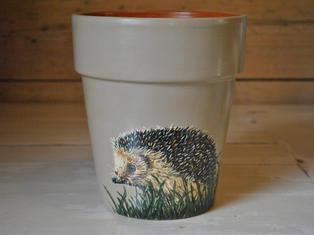 Hedgehog Handpainted Pot £30