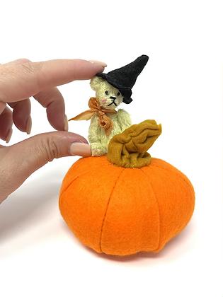 Matilda - Miniature Handmade Teddy Bear and Pumpkin