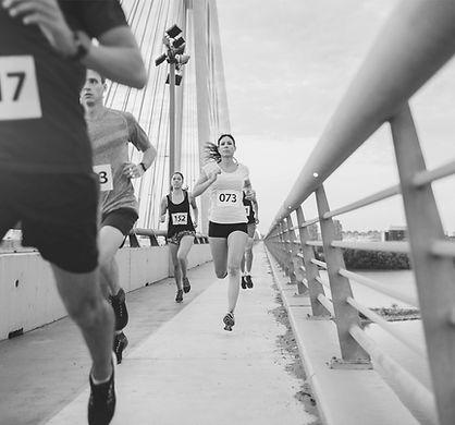 Sportfysiotherapie helpt u weerin beweging!