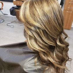 ❤❤❤brunettes have fun too ❤_This bronde