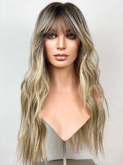 """Lynn 24"""" Wig (M)"""