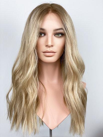 "Victoria 22"" Wig (M)"