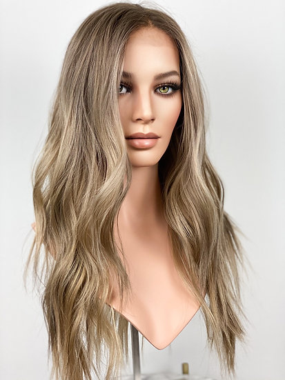 "Savannah 22"" Medical Wig (S)"
