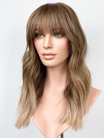 """Amanda 19"""" Wig (M/L)"""