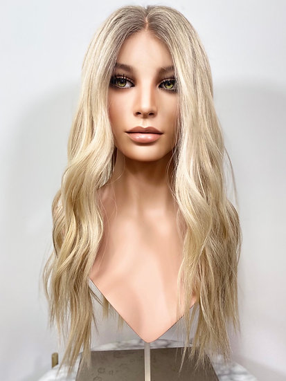 "Gigi 22"" Wig (L)"