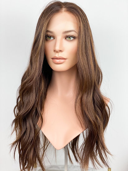 Lindy 24 Wig (S)