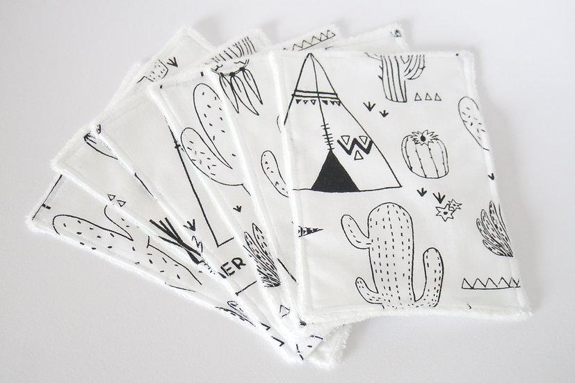 """Lingettes lavables """"tipis indiens et cactus"""" noir et blanc et bambou bio"""