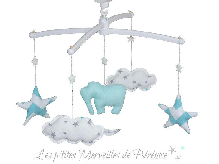 Mon Joli mobile musical Eléphant, étoiles, nuages