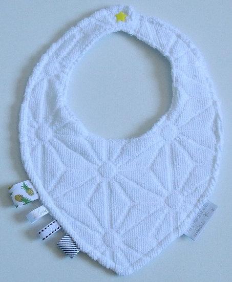Bavoir bébé motifs origamis blanc en éponge double épaisseur