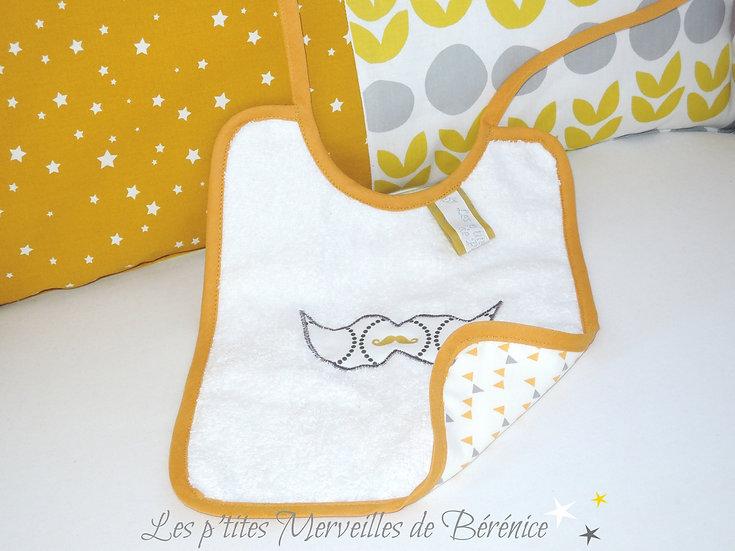 """Bavoir bébé """"Moustache"""" triangles moutarde gris"""