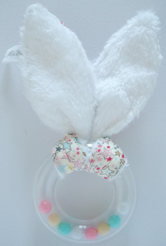 Hochet bébé oreilles de lapin bébé Liberty Adelajda étoiles roses gris or exclu japonnais_dos