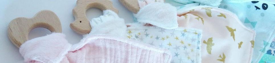 Décoration chambre de bébé jaune, gris, blanc, argent étoiles, pois et chevrons