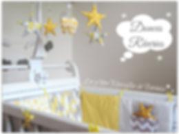 Déco chambre bébé jaune gris blanc étoiles style scandinave